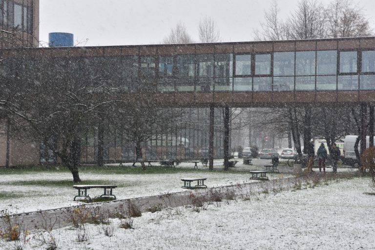 Wydział Mechaniczny zimą